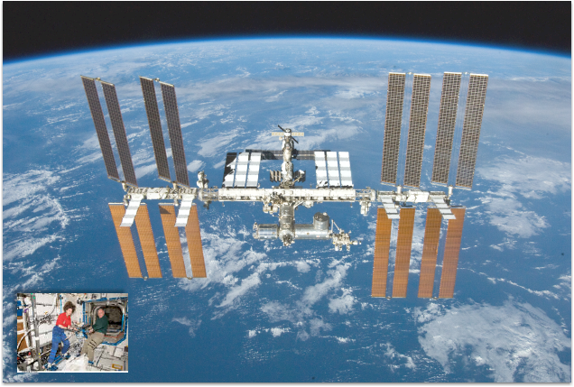 Live Video From The International Space Station - Live satellite video